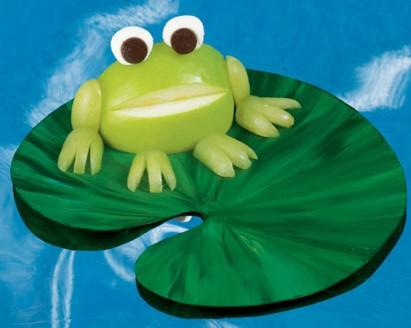 小娃手工制作青蛙