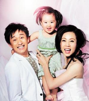 黄磊即将拥有二宝  一家四口乐融融