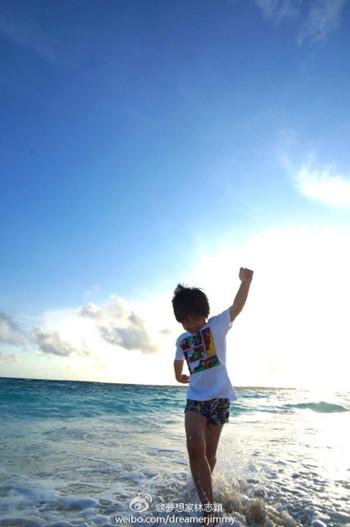 kimi海边度假短裤照