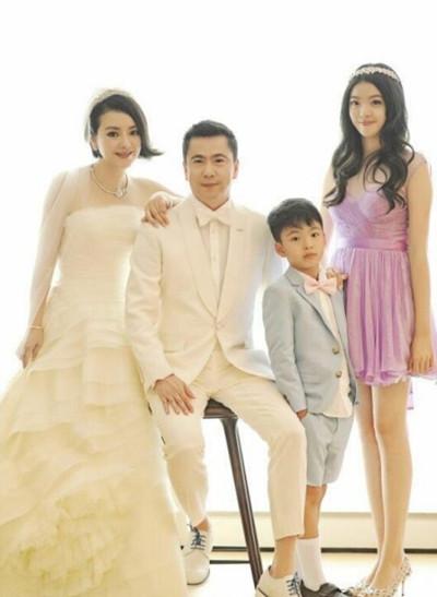 王中磊结婚20年 唯美婚礼图曝光
