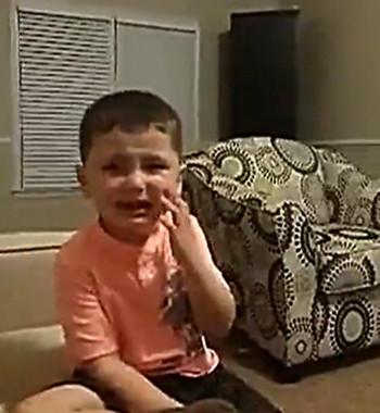 欧美大哭可爱宝宝