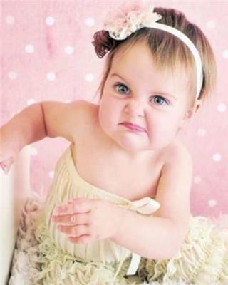 可爱宝宝委屈带字图片