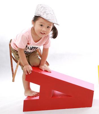 小孩子从小多玩积木有什么好处呢?