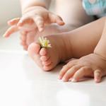 育儿奇葩说 洗澡水太热影响宝宝生殖器发育?