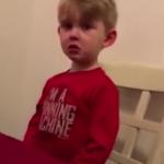 四岁男孩求婚被拒 还被妈妈给弄哭了