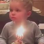 小正太超想吃蛋糕 无奈蜡烛吹不灭