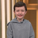 自闭症儿童看电视学会说话 上节目感动众多观众