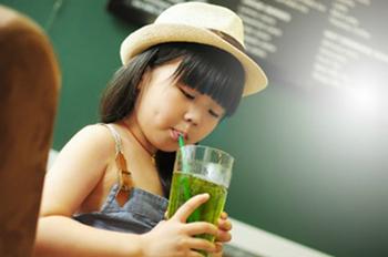 喝碳酸水会导致蛀牙?真相可能跟你想的不一样