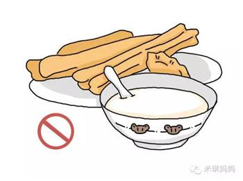 早上给娃喝豆浆,这几件事不要做,特别是不能空腹喝