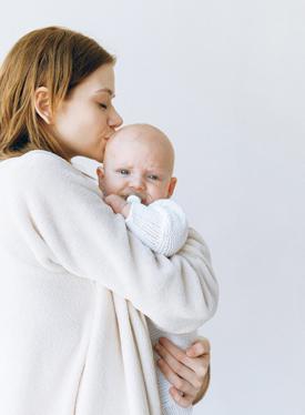 教你几招 让哭闹宝宝一秒安静